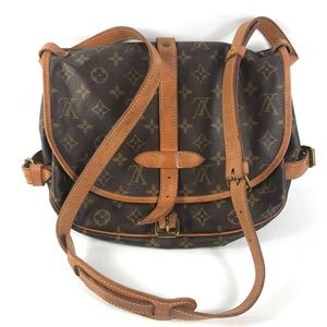 🔥💥HOST PICK💥🔥Crossbody Louis Vuitton biface